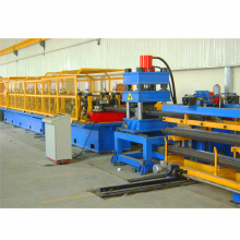 Máquina formadora de rolos de placa de trilho de proteção de 2 ondas