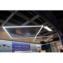 Luminaires linéaires à suspension LED pour Open Office avec Dlc