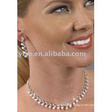 Ensemble de bijoux en perle strass style célébrité