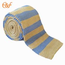 Corbata azul de seda hecha punto flaca al por mayor de la raya para hombre