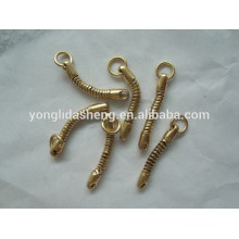 Alibaba suppliers make wholesale price metal material key chain