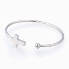 Einfache Modeschmuck Armband Frau Edelstahl Maschine Laser Cut Kreuz Armreif