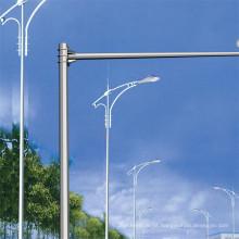 Pólos de metal galvanizado Q235 em luz de rua