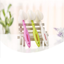 Escova de limpeza para tetinas de esponja
