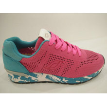 Women′s Fashion Design Breathable Running Shoes
