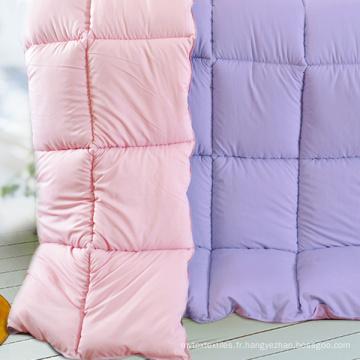 Comorters et oreillers en polyester matelassés