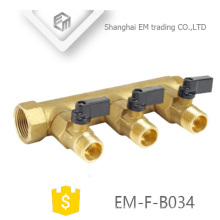EM-F-B034 Múltiple de válvula de latón roscado