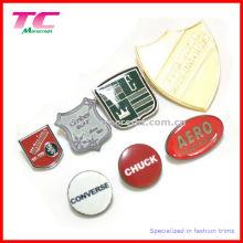 Insigne de badge nommé en métal personnalisé à chaud