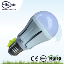 O baixo preço E27 conduziu as luzes de bulbo de SMD 10 bulbos de alumínio do alojamento