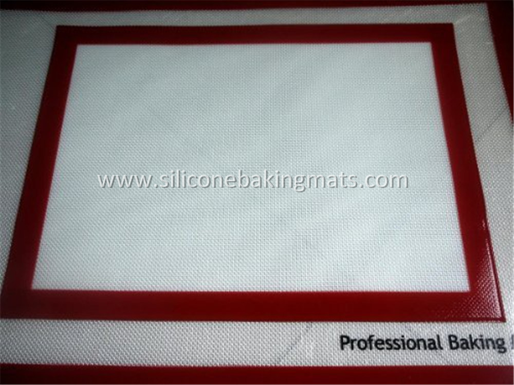 Red Silicone Baking Mat