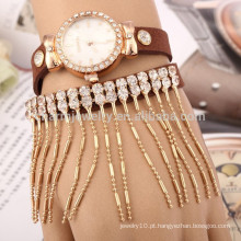 Coreano veludo moda criativo quartzo relógio de diamante borla pulseira senhoras relógios por atacado BWL017