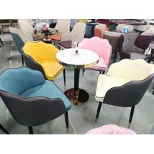 Комбинация стола для приемов и переговоров и стула
