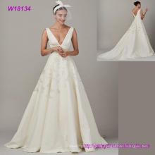 Hochwertiger tiefer V-Ausschnitt Elegant Chiffon Brautkleid Stickerei Brautkleid