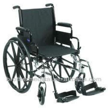 Neuer Luxus-Rollstuhl mit Plastik-Mag-Rädern
