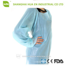 Good quality hot selling cpe gown isolation gown