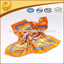 Frauen-Art- und Weisegroßer quadratischer Twill-Silk Schal 90 * 90