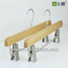 cintres en bois de hêtre