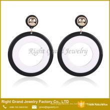 Pendientes de gota de resina de acrílico Pendientes de círculo redondo de plata blanca lisa