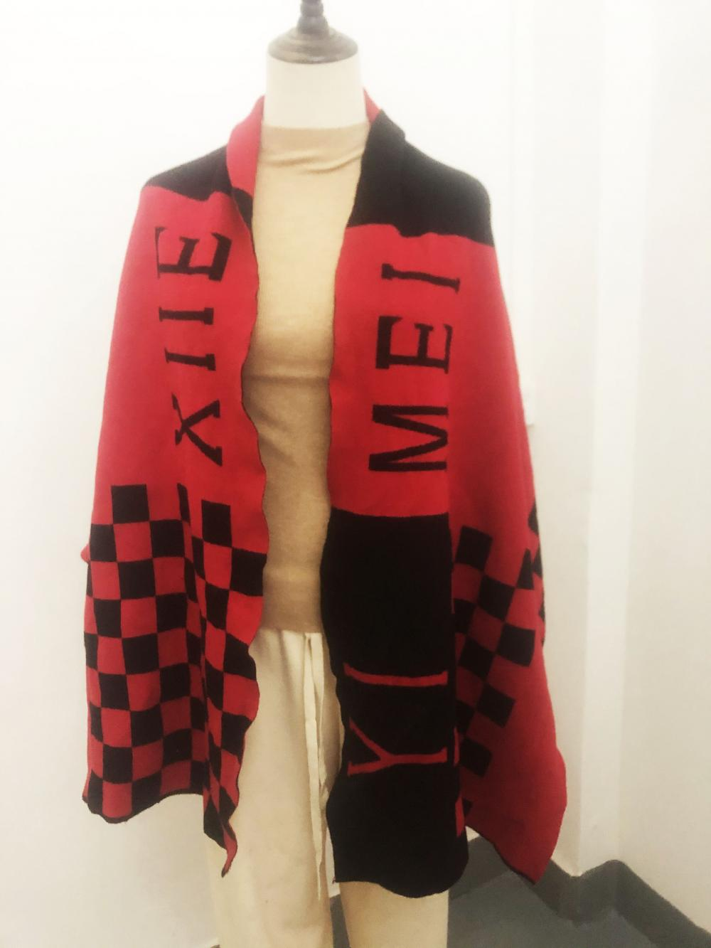 Knitted Scarves for Sale