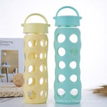 Garrafa de água de vidro sem BPA com manga de silicone