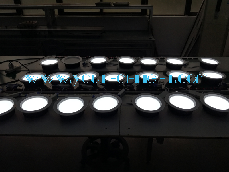 LED 24w down light aging test