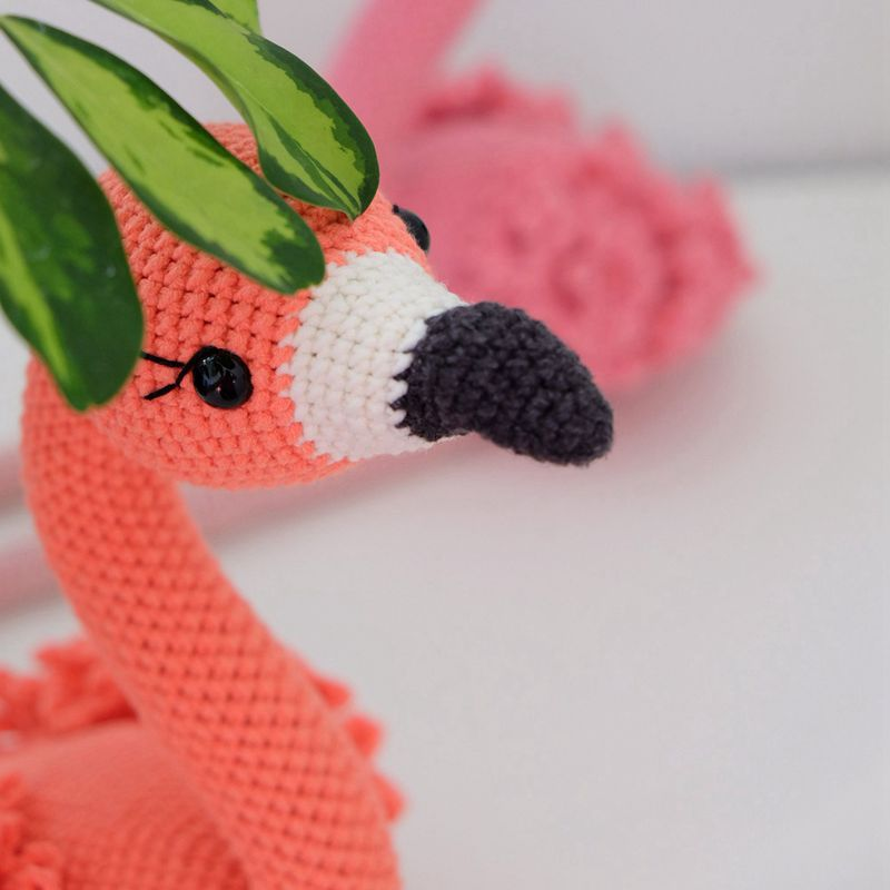 10 6 Crochet Flamingo