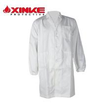 diseño enfermera uniforme blanco en la tienda