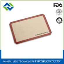 Feuille de biscuit de silicone de conception de logo fait sur commande antiadhésive bbq tapis de cuisson