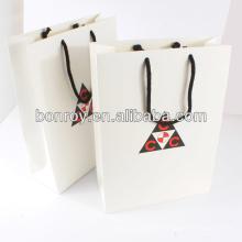 Bolsa de papel con bolsa de mano con mango bolsa verde y ambiental