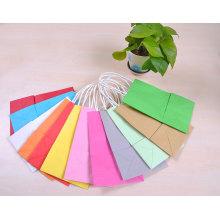 Différentes couleurs Sac de papier Kraft personnalisé bon marché