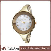 Einfache Persönlichkeit alle Legierung Armband Uhr große Zifferblatt Damenuhr