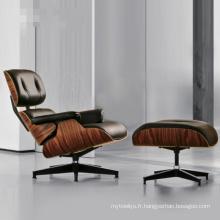 Charles Eames Lounge Chair avec pouf