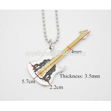 Ouro Amarelo pingente de guitarra elétrica prata Personalidade instrumento musical colar de pingente de guitarra