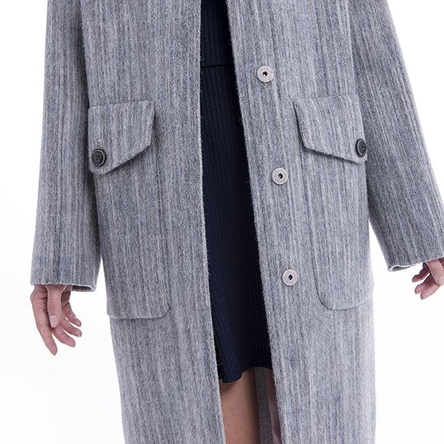 Cashmere overcoat lower body