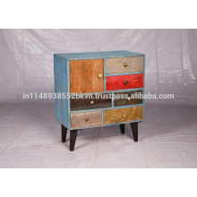 Cajón de mango de madera desgastado