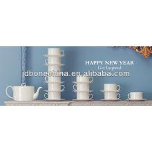 Cuerpo blanco cremoso cuerpo hign calidad microwavable hueso fino china porcelana té de cerámica regalo de café