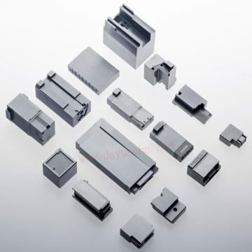 O auto molde plástico do conector parte a tolerância ± 0.003 de EDM