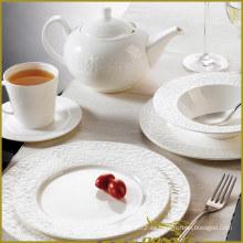 7 PCS White Porcelain Western Dinner Set Líneas de Piedra