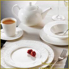 7 PCS White Porcelain Western Dinner Set Stone Lines