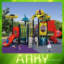2014 nouvelle aire de jeux en plastique commerciale de bonne qualité pour l'utilisation du parc d'attractions