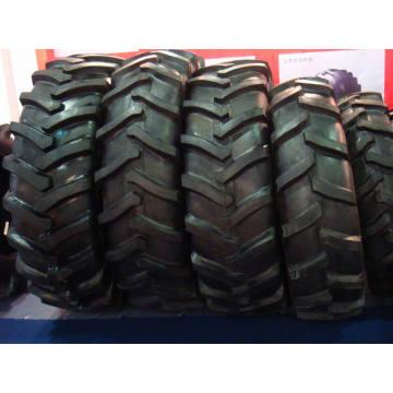 Tractor neumático 18.4-38 con el patrón R1