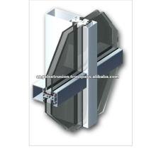 Aluminium curtain wall section
