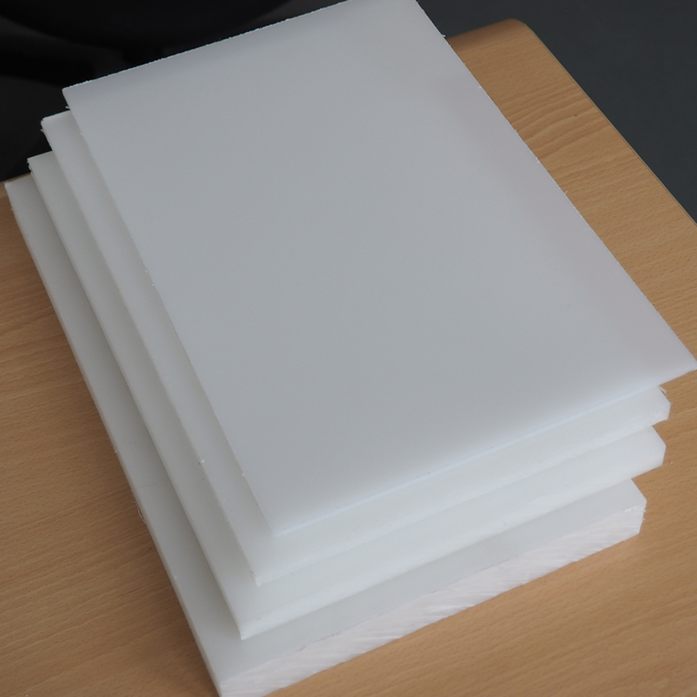 White Virgin PP plastic plate