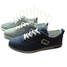 New Arriving Style Men′s Canvas Shoes
