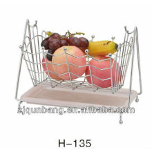 Quadratischer Plastikbehälter Obstkorb