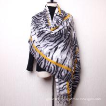 Best Selling New Luxury Zebra Stripe Design Hijab Autumn Winter Women Cashmere Feeling Tassel Shawl Scarf