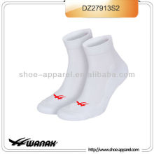 2013 nouveau fabricant de chaussettes de sport homme, chaussettes sport
