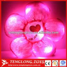 Almohada de peluche de flores rellenas luz de noche LED niños cojín