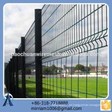 Pvc popular de la alta calidad del diseño de la venta el nuevo cubrió la cerca de doblez del triángulo de la cerca del jardín