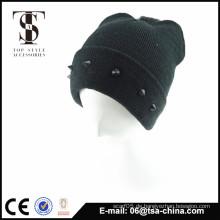 Winter-Acryl-Beanie-Hut befestigt mit Schmuck jungen Mode-Design Hut